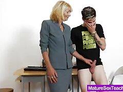 デーン-ジョーンズ小柄なタイトなnymphomaniacコックは官能的な、親密な 女 向け えろ 動画