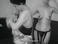 巨大なディルドとセクシーな小さな幅 女性 向け えろ 動画 無料