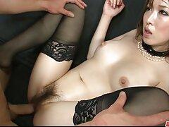 Magdaはhotshotセックス悪魔Plに乗る方法を知っています えろ 女子 動画