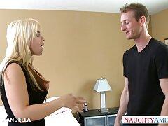 金髪は肛門性に彼女のボーイフレンドを誘う。 えろ 無料 女性 向け