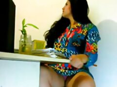 茶色の十代の糞深い喉のバイブレーター 金髪 女 エロ 動画 web