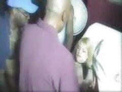 ソフィー-ディー-レッドは口の中で部分的に硬くなるように膝を曲げた。 エロ 女 教師 動画